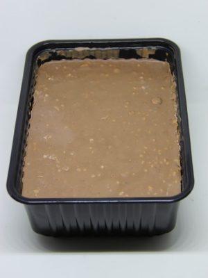 Молочный шоколад с дробленым фундуком 1 кг
