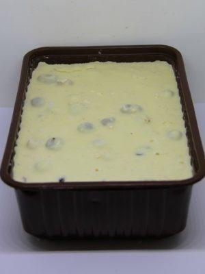 Шоколад белый с цельным фундуком 1 кг